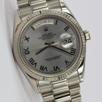 Rolex Day-Date 36mm Weißgold 118239