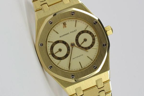 Audemars Piguet Royal Oak Day-Date 18K Gold B-Serie